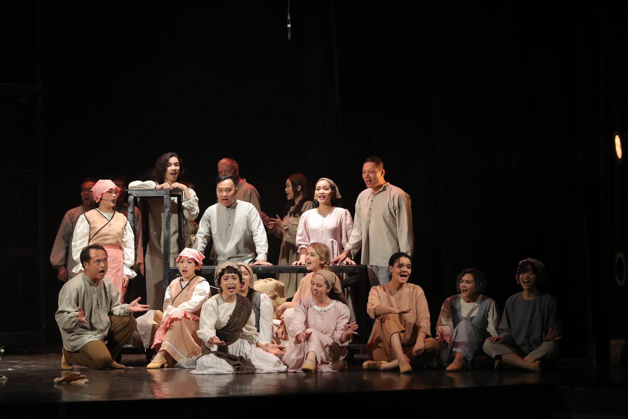 Sân khấu vượt khó thời COVID-19, sáng tạo để đến với khán giả